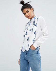 Блузка с синей цветочной вышивкой ASOS - Белый