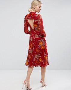 Платье миди с цветочным принтом и вырезом на спинке ASOS - Мульти