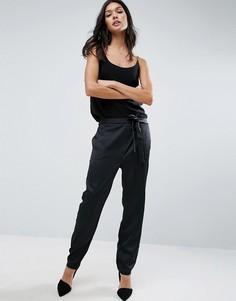 Атласные брюки-галифе с завязкой ASOS Premium - Черный