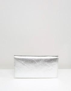 Узкий кожаный кошелек металлик с клапаном ASOS - Серебряный