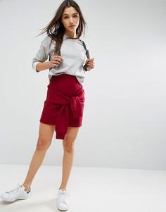 Трикотажная мини-юбка с завязкой ASOS - Красный