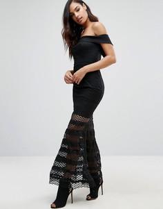 Платье макси с вырезом лодочкой и юбкой с прозрачными полосками Jarlo Teagan - Черный