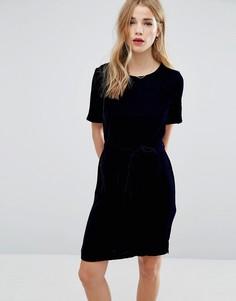 Платье-футболка с бархатным поясом на талии New Look - Темно-синий