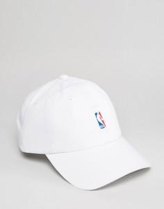 Регулируемая кепка с логотипом NBA Mitchell & Ness - Белый
