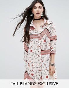 Свободное платье-рубашка с комбинированным принтом Glamorous Tall - Мульти