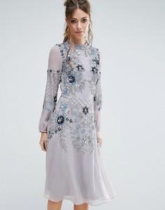 Приталенное платье миди с высокой горловиной и отделкой Frock and Frill - Синий