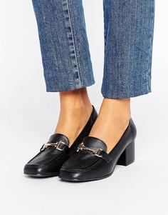 Лоферы на блочном каблуке с отделкой металлик New Look - Черный
