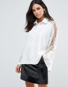Рубашка с ажурными рукавами Liquorish - Белый