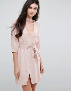 Платье с поясом Love & Other Things - Розовый