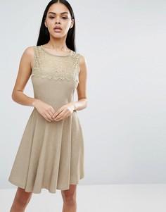 Короткое приталенное платье Pussycat London - Бежевый