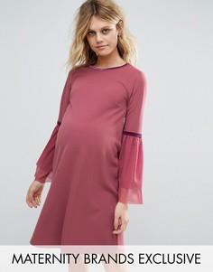 Цельнокройное платье с рукавами‑оборками Bluebelle Maternity - Розовый