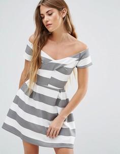 Короткое приталенное платье в полоску Wal G - Мульти