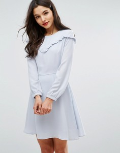 Платье с присборенной юбкой и рюшами New Look - Серый