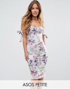 Платье миди с открытыми плечами и цветочным принтом ASOS PETITE - Мульти