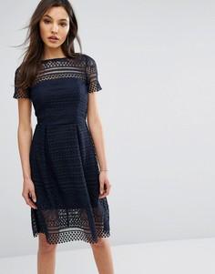 Кружевное приталенное платье миди Paper Dolls - Темно-синий
