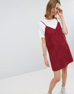 Малиновое вельветовое платье-комбинация с необработанным краем ASOS - Красный