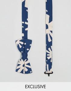Синий галстук-бабочка с абстрактным принтом Reclaimed Vintage - Синий