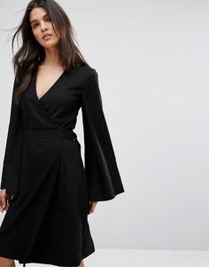 Платье с запахом House Of Sunny - Черный