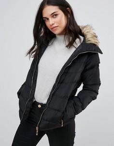 Стеганая куртка с меховой отделкой QED London - Черный