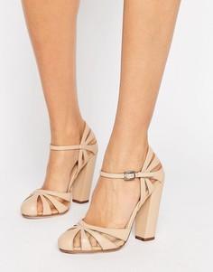 Телесные туфли на блочном каблуке с полупрозрачным узором Paper Dolls Elvie - Бежевый