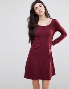 Приталенное платье с длинными рукавами Vila - Красный