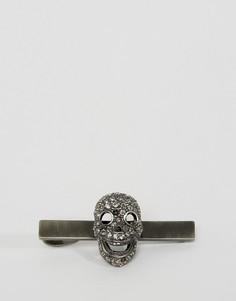 Зажим для галстука с черепом и кристаллами Swarovski Simon Carter эксклюзивно для ASOS - Серебряный