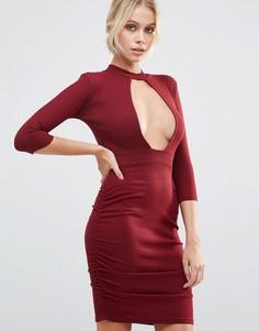 Платье с глубоким вырезом и вставкой-чокер Daisy Street - Красный