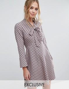 Платье в горошек с завязкой на бант и расклешенными рукавами Closet - Мульти