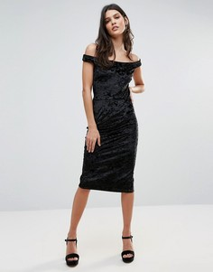 Бархатное платье-футляр с открытыми плечами Liquorish - Черный