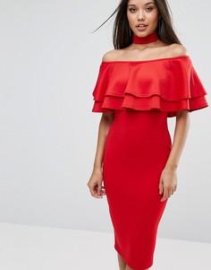 Платье миди с широким вырезом и двойной оборкой Club L - Красный