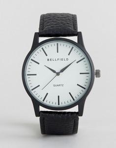 Черные часы с круглым белым циферблатом Bellfield - Черный