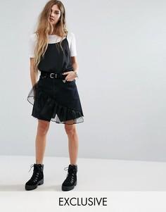 Джинсовая мини-юбка с оборками Reclaimed Vintage Levi - Черный