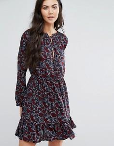 Платье с высокой горловиной и принтом First & I - Черный