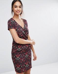 Платье-футляр с принтом Sugarhill Boutique - Красный