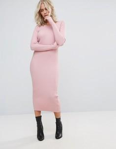 Облегающее платье миди QED London - Розовый