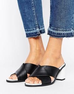 Сабо на каблуке с перекрестными ремешками из искусственной замши New Look - Черный