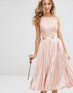 Платье миди с кружевным топом и плиссированной атласной юбкой Chi Chi London - Розовый