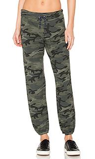 Камуфляжные спортивные брюки - SUNDRY
