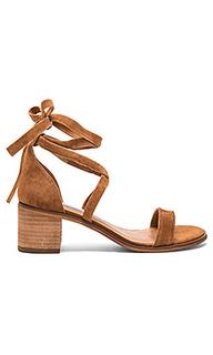 Туфли на каблуке rizzaa - Steve Madden