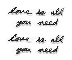 "Надпись декоративная ""love is all you need"" Umbra"
