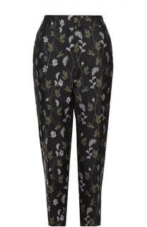Укороченные брюки-бананы с цветочной вышивкой Escada