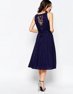 Плиссированное платье миди с кружевной спинкой Lavand - Темно-синий
