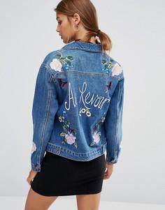 Сувенирная джинсовая куртка с вышивкой New Look - Синий
