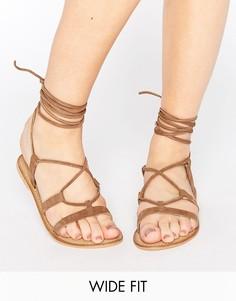 Кожаные сандалии для широкой стопы со шнуровкой ASOS FOUNDATION - Бежевый