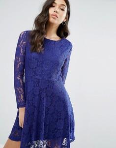 Кружевное короткое приталенное платье Pussycat London - Синий