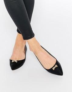Туфли на плоской подошве с острым носком и бантиком London Rebel North - Черный