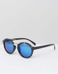 Круглые солнцезащитные очки с металлической отделкой Jeepers Peepers - Черный