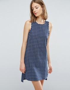 Цельнокройное платье с решетчатой отделкой Native Youth - Синий