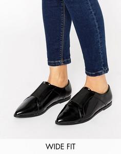 Остроносые туфли на плоской подошве для широкой стопы ASOS MIGHTY - Черный