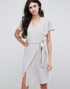 Платье миди с запахом спереди Love & Other Things - Серый